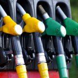 ガソリンスタンドの支払いでデビットカードは使えないの?